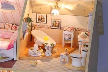 Puppenhaus Dollhouse Bausatz aus Holz mit kompletter Einrichtung incl. Beleuchtung DIY - 6