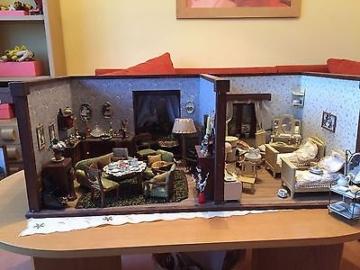 Alte Puppenstube Wohnzimmer Schlafzimmer