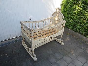 Antike große Jugendstil Wiege von 1900 Kinderbett Puppenstube antike Puppe