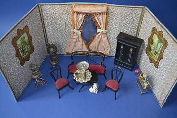 antike Puppenstube Faltstube Reisestube Wohnzimmer Sofa Falt Stube Reise