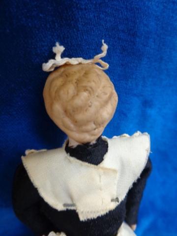 Antike Puppenstuben Puppe c1900 Hausmädchen Nanny Kellnerin old dollhouse doll