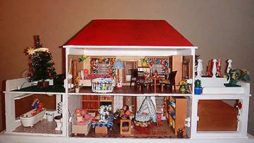 ddr puppenhaus puppenstube mit beleuchtung klingel beweglichen t ren konvolut puppenh user und. Black Bedroom Furniture Sets. Home Design Ideas