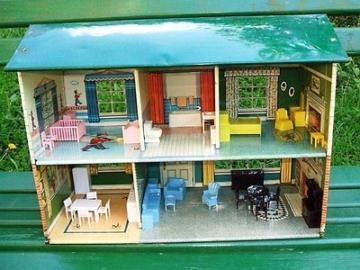 Puppenstube Marx Toys, mit kompletter Einrichtung Puppenhaus aus USA, sehr alt