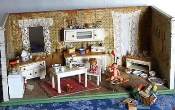 Puppenstube/Küche  - komplett ausgestattet ca. 1920