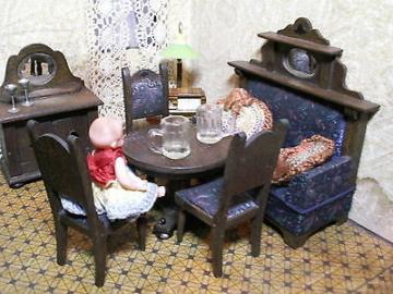 URALT Spielzeug *eingerichtete Puppenstube 3 Zimmer ~Schlafstube, Stube, Küche*