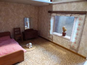 alte Puppenstube mit Dachterrasse