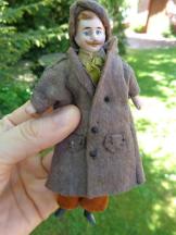 Antike Puppenstube Puppe Herr mit Schnurrbart c1900 alt bekleidet