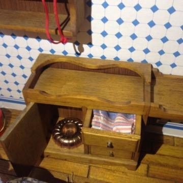 einmalig Puppenküche, sehr liebevoll eingerichtet - Rarität - Puppenstube - eign