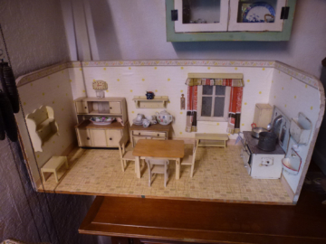 Puppenküche alt Puppenstube 1940