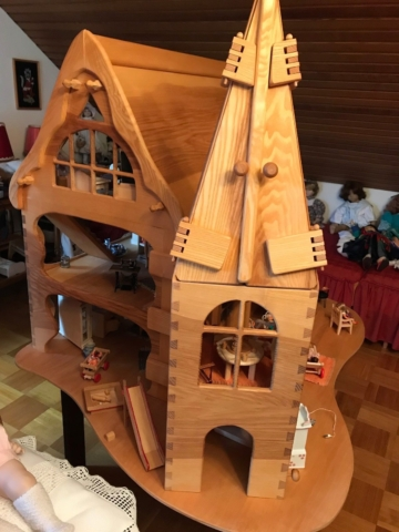 Puppenschloss Puppenküche Holz handgefertigt Puppenstube Möbel unbespielt w Neu