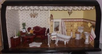 Puppenstube mit 2 Räume mit Einrichtung in Nähmaschinenkasten