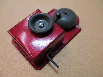 um 1935 das ROTE Puppenstuben Wandtelefon - voll funktionell